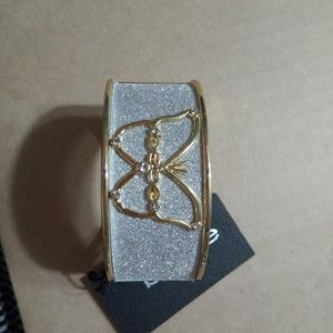 BeBe New Bracelet with magnetic closer